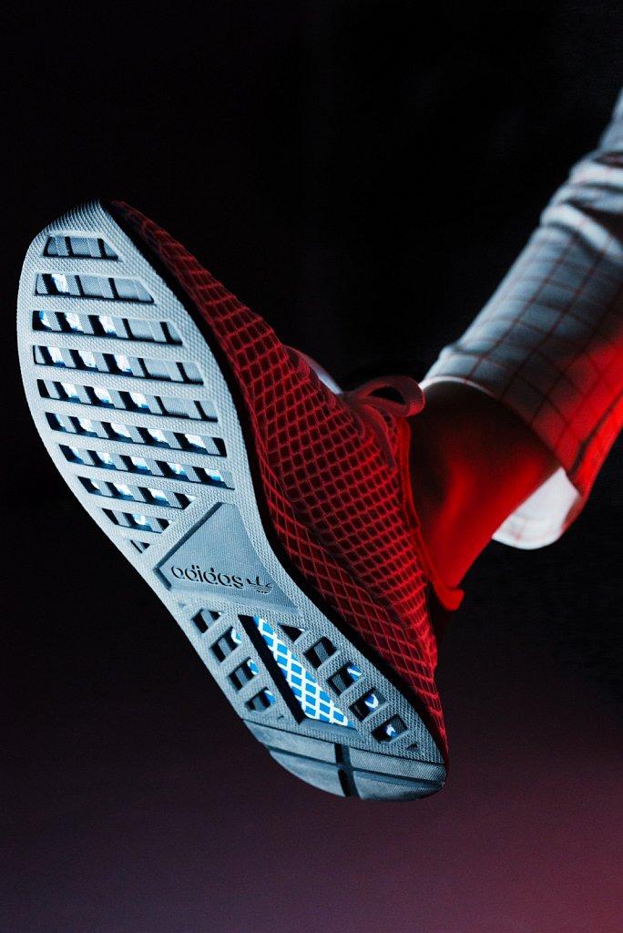 Onygo-x-Adidas-Deerupt-Frederike-Wetzels-12.jpg