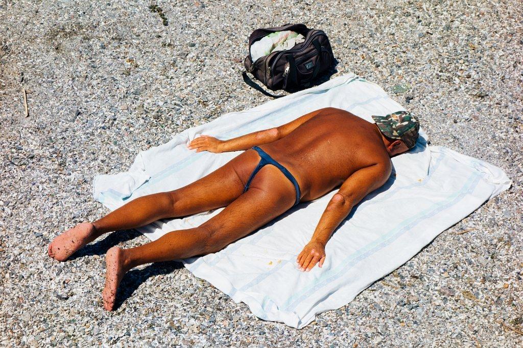 Sunburn-in-Odessa-Frederike-Wetzels-3.jpg